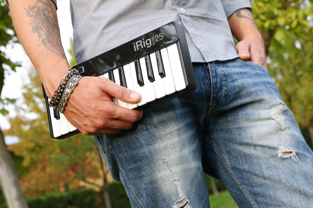 iRig Keys 25